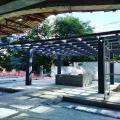 Pergolado estrutura metalica e madeira