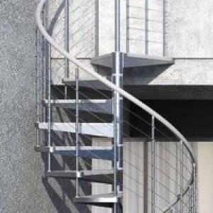 Escada metalica caracol