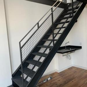 Escada metalica residencial