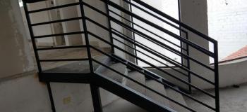 Escada metálica industrial preço